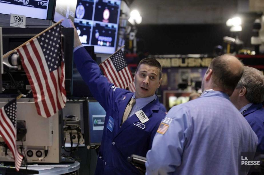À l'instar de Bay Street,Wall Street s'est... (PHOTO RICHARD DREW, AP)