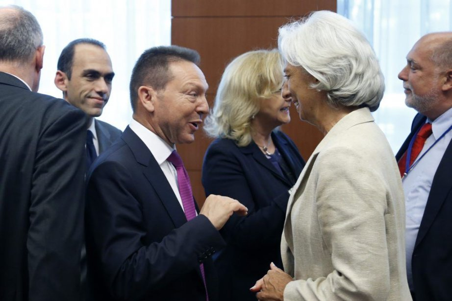 Le ministre grec des FinancesYannis Stournaras etla directrice... (PHOTO FRANCOIS LENOIR, REUTERS)