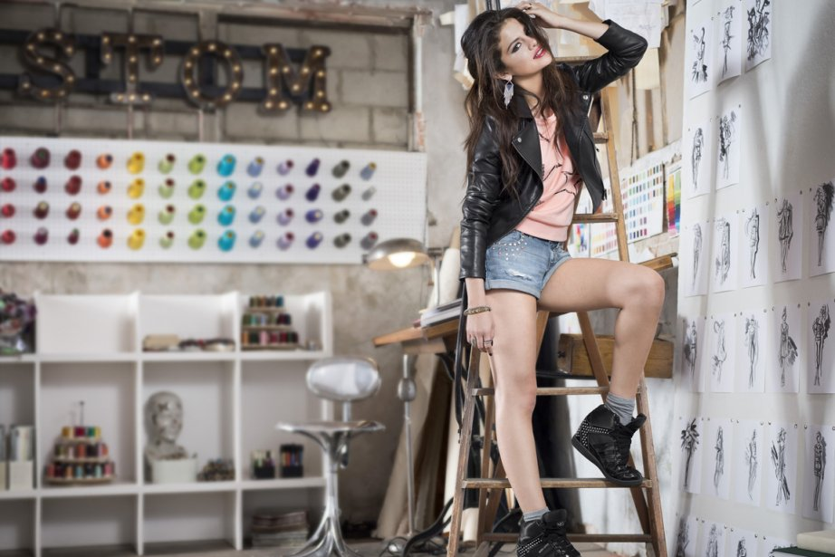 Adidas NEO : Selena Gomez lance sa collection à Berlin | La Presse
