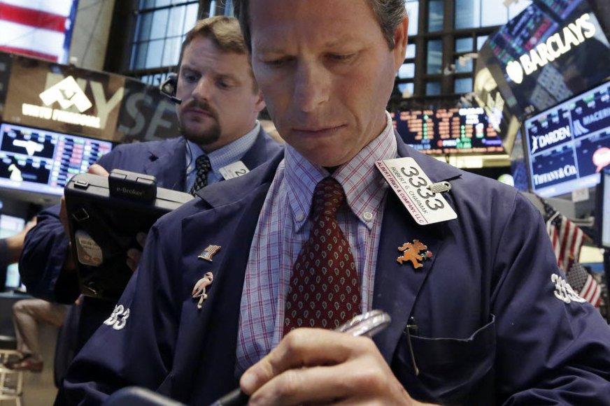 La Bourse de New York s'est hissée à de nouveaux sommets vendredi à l'issue...