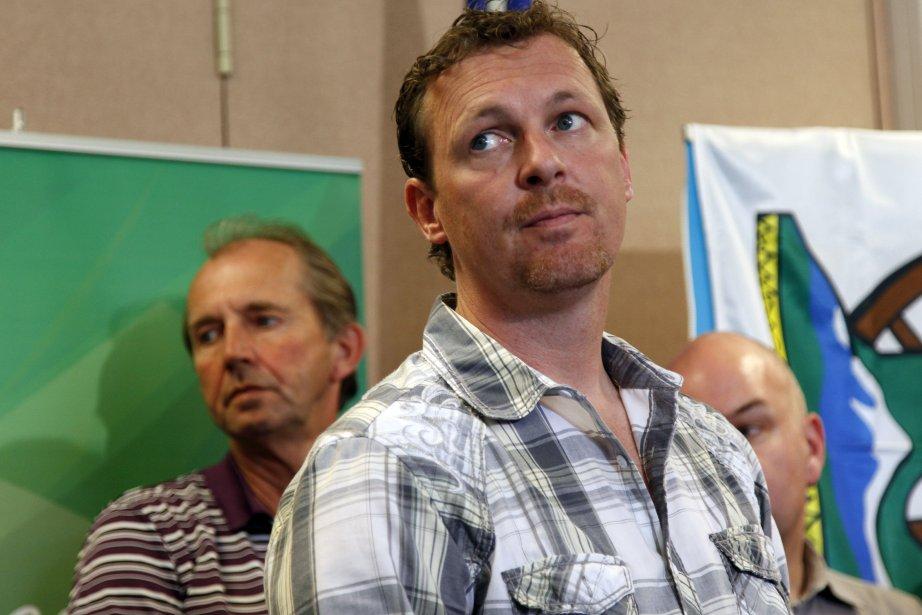 Le ministre des Affaires municipales, Doug Griffiths, croit... (Photo Jeff McIntosh, La Presse Canadienne)