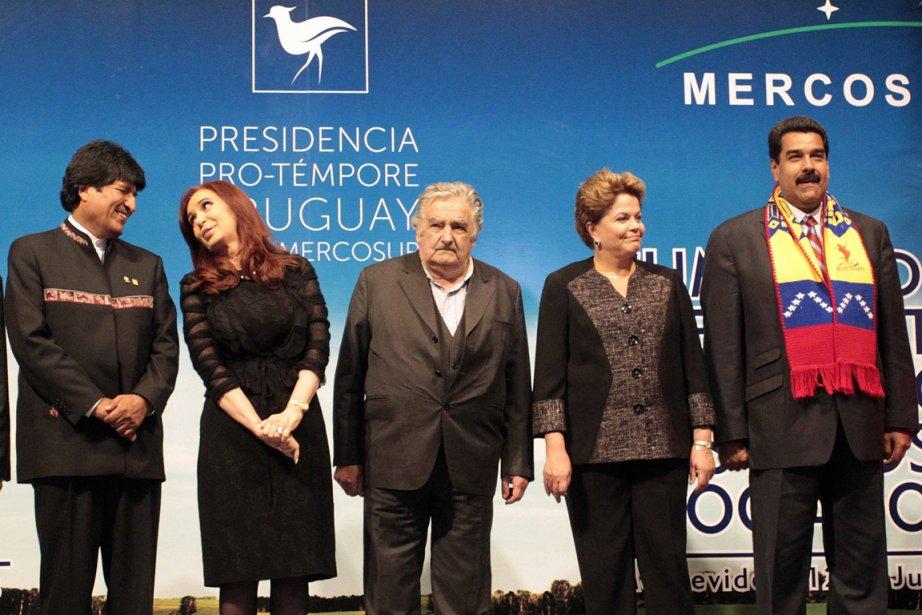 Les présidents Evo Morales, de la Bolivie, Cristina... (PHOTO NICOLAS GARRIDO, REUTERS)