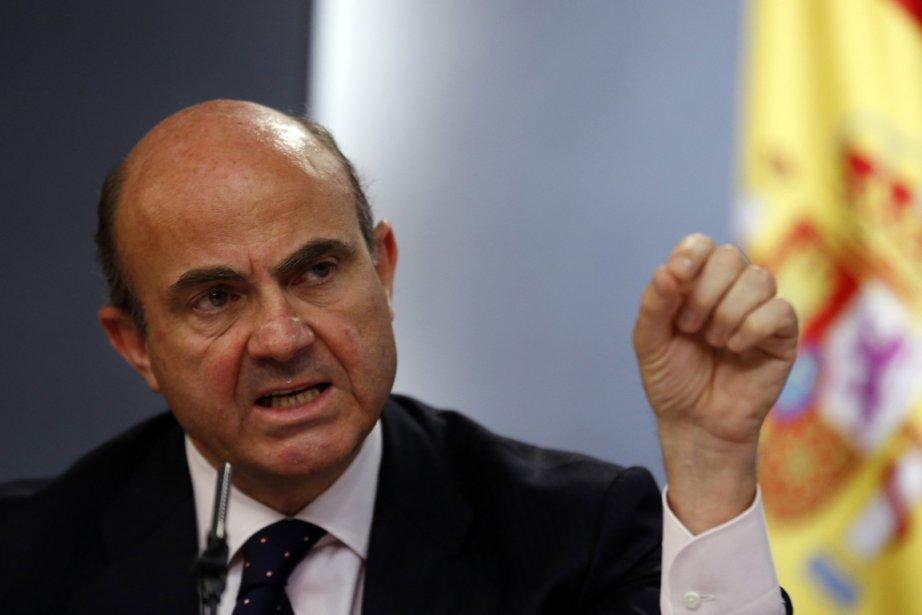 Luis de Guindos affirme dimanche que l'Espagne ne... (PHOTO SERGIO PEREZ, REUTERS)