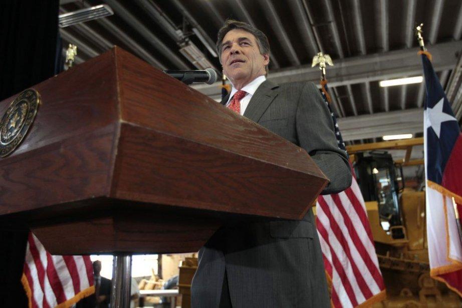 Le gouverneur Perry (photo) et d'autres politiciens républicains... (Photo Reuters)