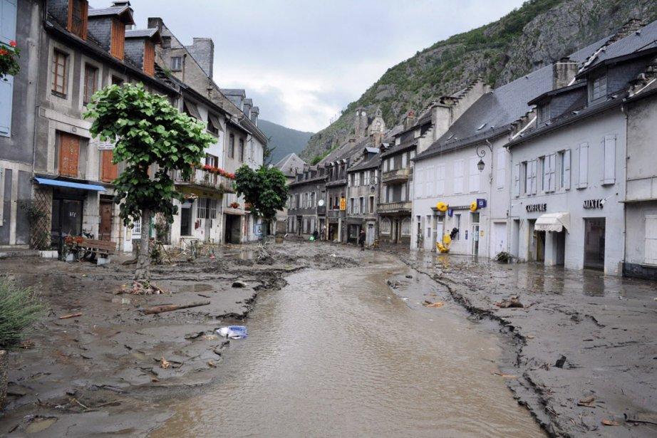 Le 18 juin, le gave de Pau est... (Photo AFP)