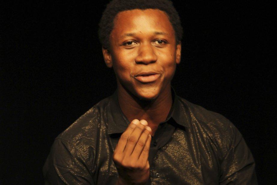 Jean Samuel André fait du stand-up avec une... (Photo: fournie par l'École nationale de l'humour)