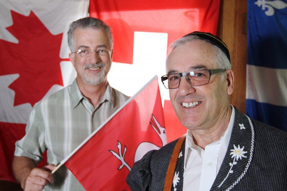 Fête suisse de Sutton. Raphael Delacombez vêtu d'un costume traditionnel et Kenneth Hill. | 19 juillet 2013