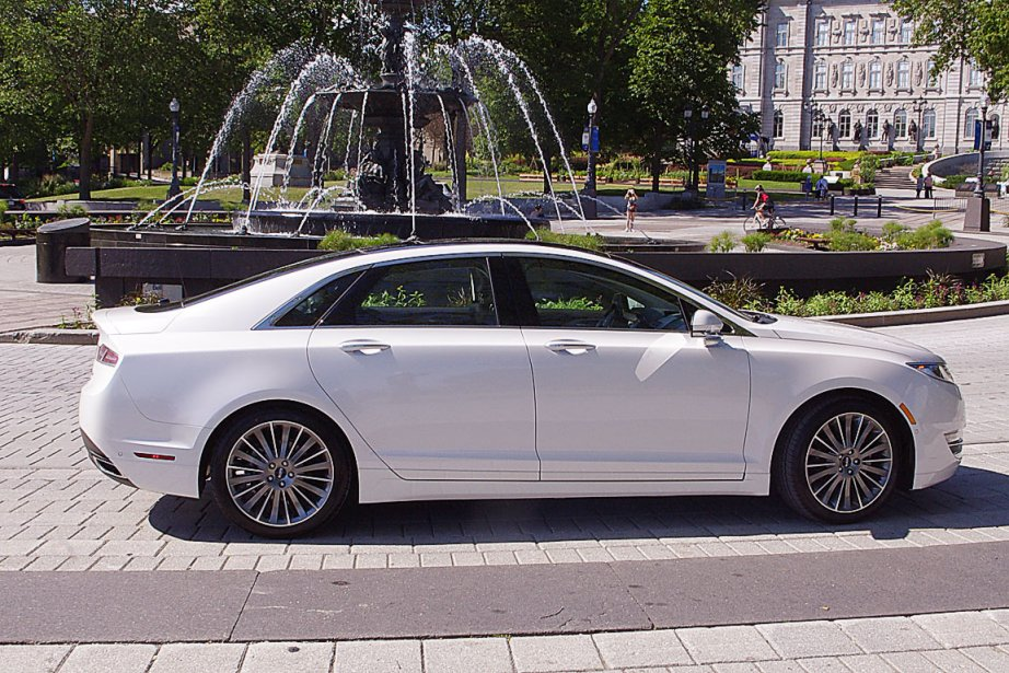 Lincoln MKZ hybride 2013