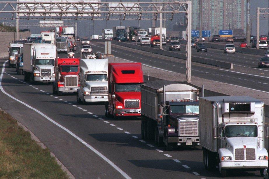 Camionneurs-entrepreneurs vérifiés par... (Photo archives La Presse Canadienne)