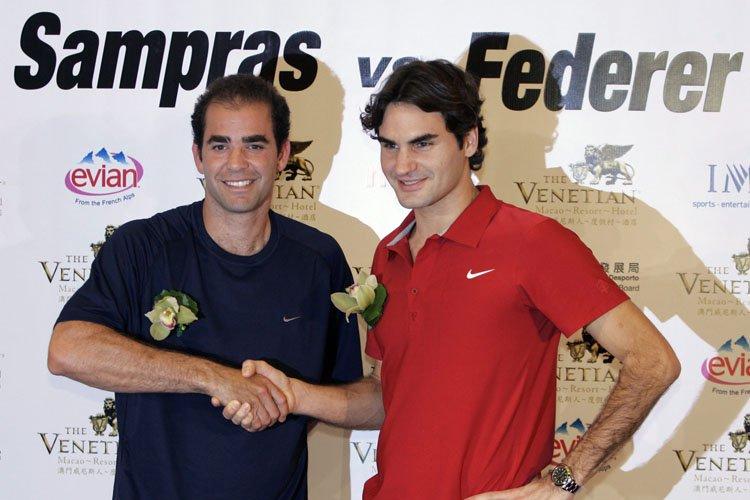 Pete Sampraset Roger Federer (qu'on voit ici en... (Archives AP)