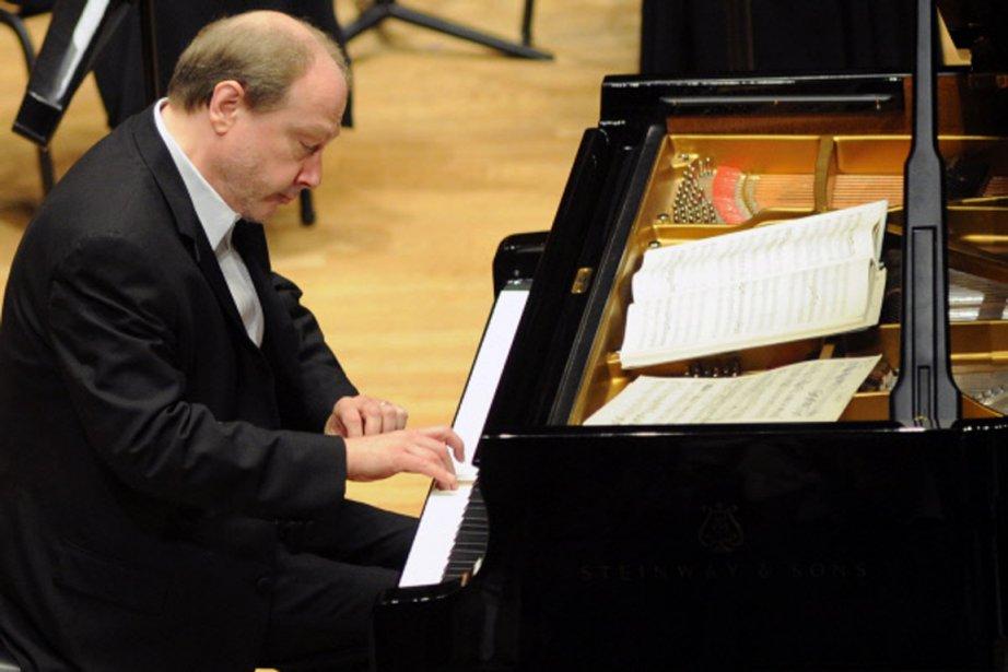 Marc-André Hamelin donnera un récital vendredi soir au... (PHOTO ÉRICK LABBÉ, ARCHIVES LE SOLEIL)