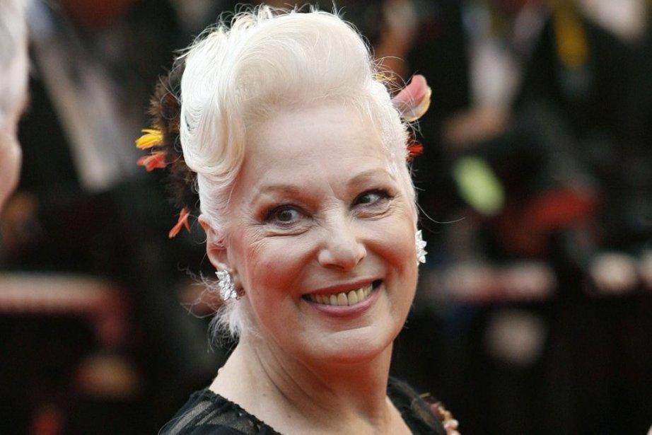 Bernadette Lafont au Festival de Cannes en 2007.... | 2013-07-25 00:00:00.000