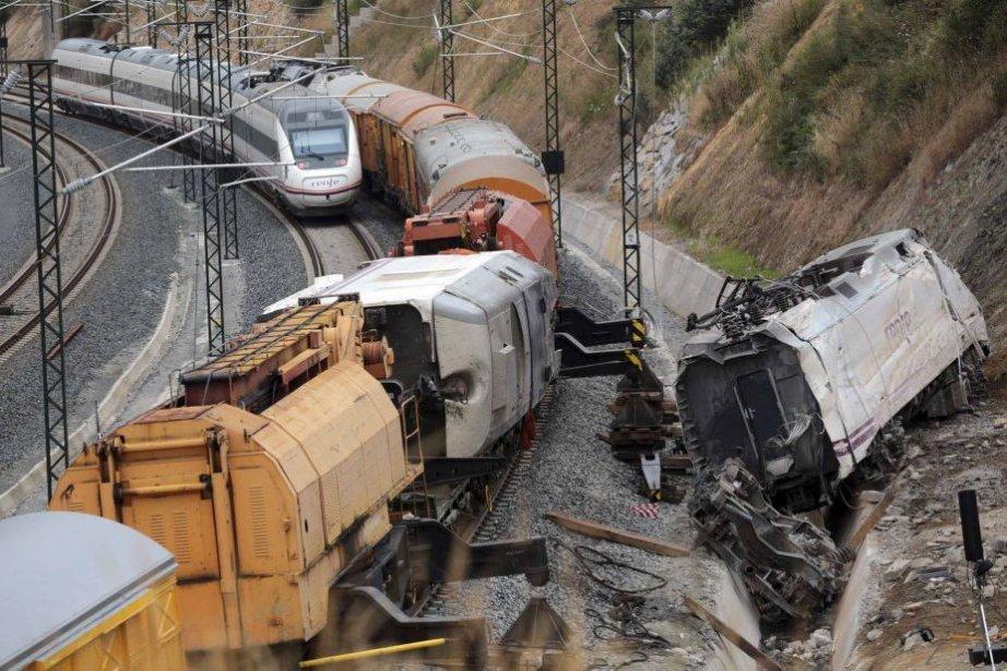 L'accident a fait au moins 78 morts. Selon... (PHOTO MIGUEL VIDAL, REUTERS)