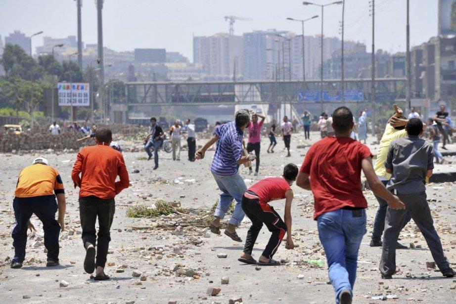 Les violences liées aux troubles politiques en Égypte... (FAYEZ NURELDINE, AFP)