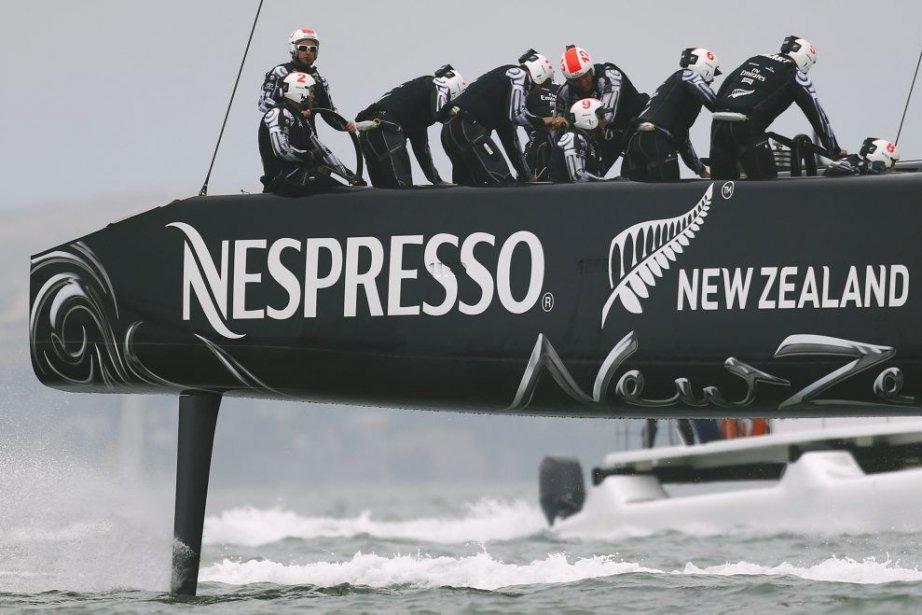 Le catamaran AC72 néo-zélandais est grand favori pour... (PHOTO PETER ANDREWS, REUTERS)