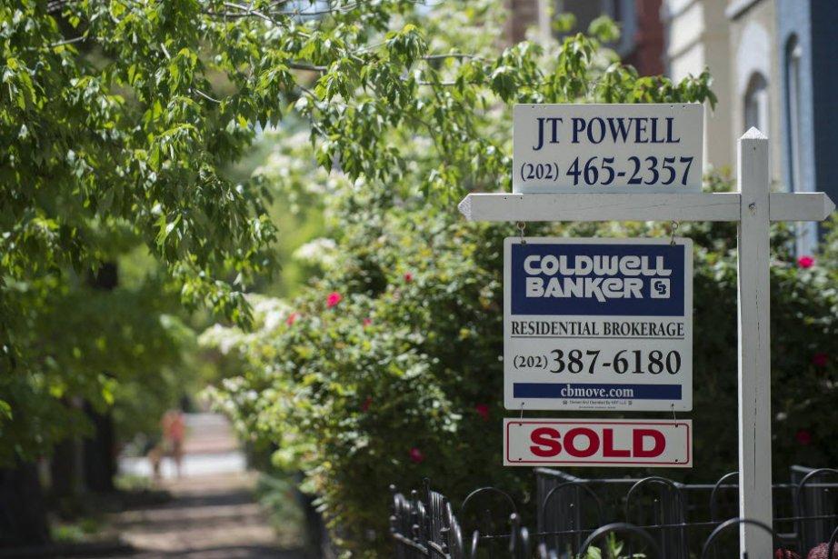 Les promesses de vente de logements aux États-Unis ont légèrement reculé en...
