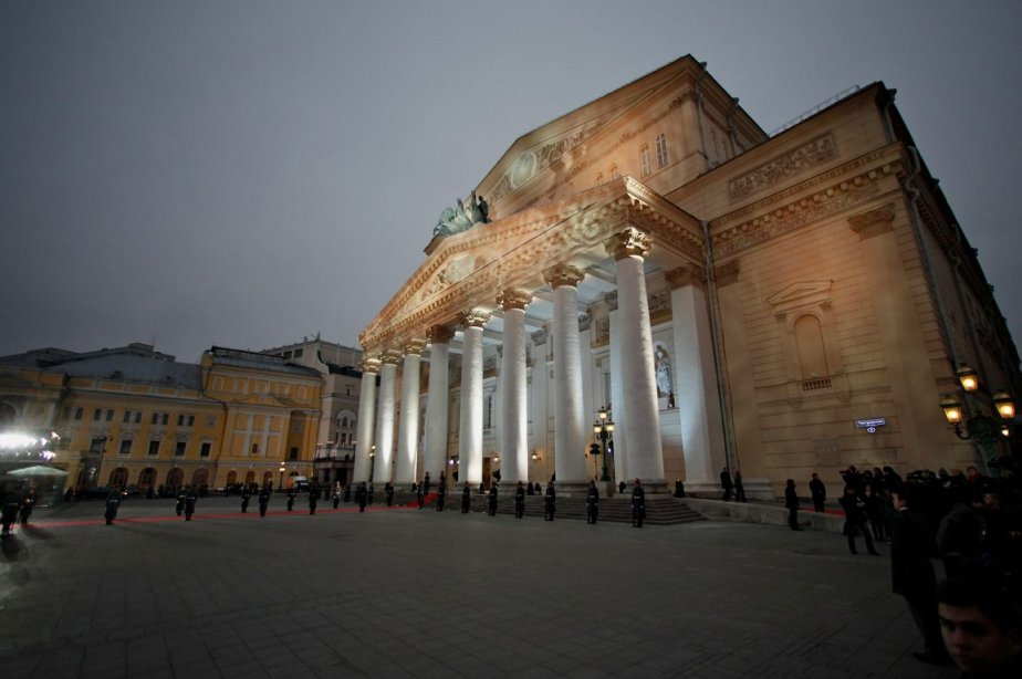 Le théâtre Bolchoï de Moscou... (Photo: Alexander Zemlianichenko, Associated Press)