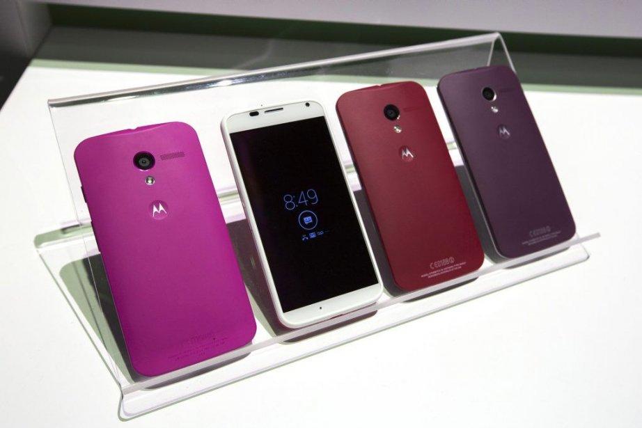 Le Moto X est disponible en plusieurs couleurs.... (PHOTO LUCAS JACKSON, REUTERS)