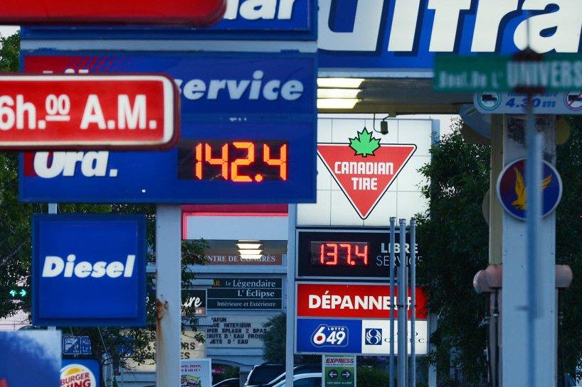 L'analyse faite par le CAA-Québec des prix de l'essence au cours des six...