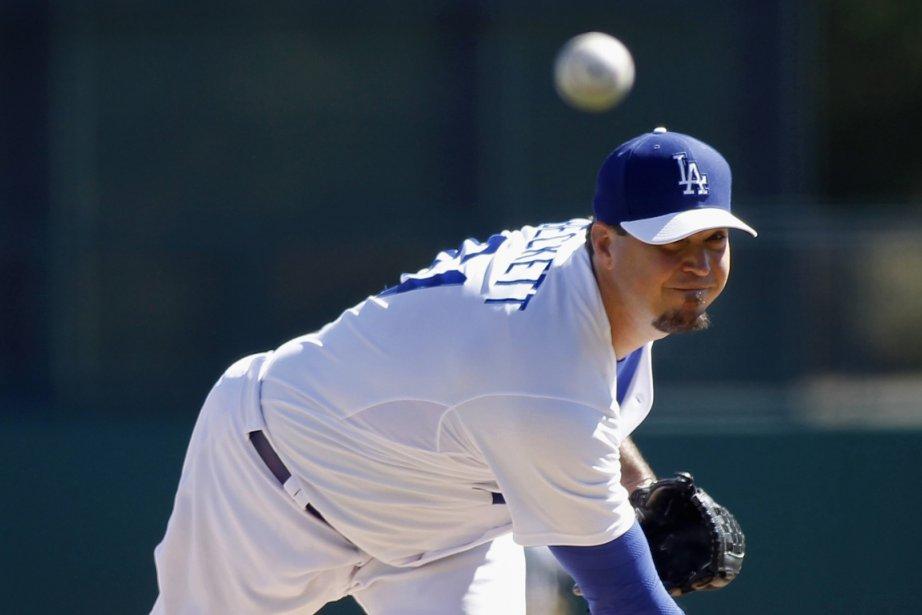 Josh Beckett est passé des Red Sox aux... (Photo : Ralph D. Freso, Reuters)