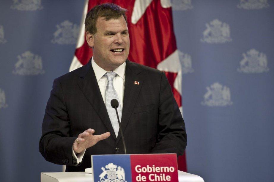 Le ministre réagissait à la décision américaine, annoncée... (PHOTO MARTIN BERNETTI, AFP)