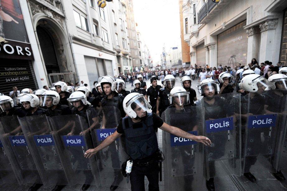 Le parc Gezi et la place Taksim, épicentres... (PHOTO OZAN KOSE, AFP)