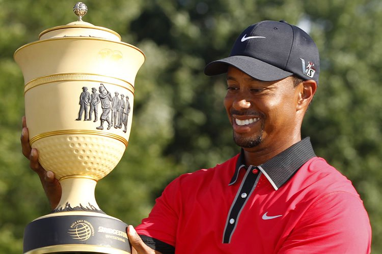 Tiger Woods a joué intelligemment pour remettre une carte de... (Photo: Reuters)