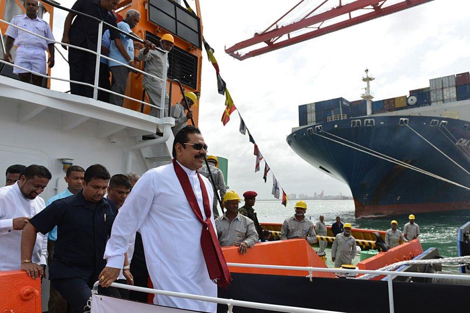 Le président Mahinda Rajapakse a inauguré le terminal... (PHOTO ISHARA S. KODIKARA)