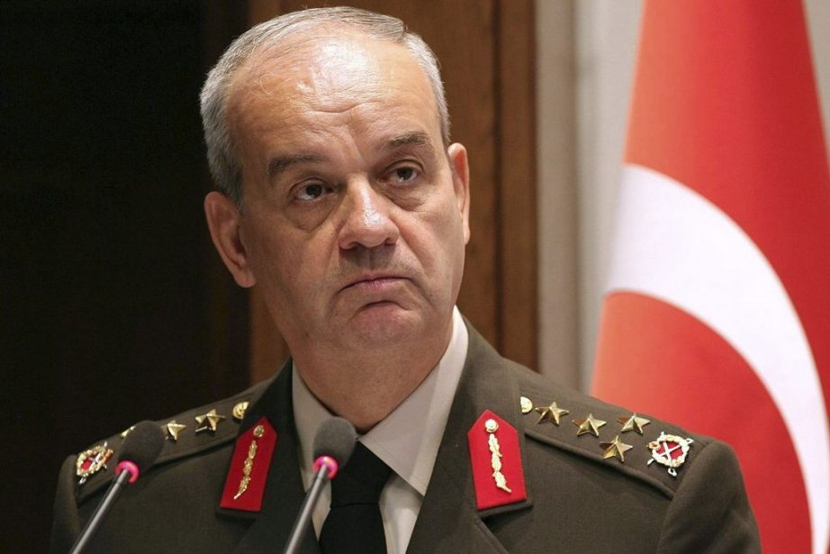 L'ancien chef d'état-major de l'armée, Ilker Basbug.... (Photo Adem Altan, Agence France-Presse)