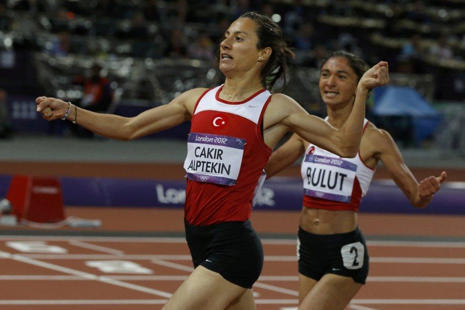 Asli Cakir Alptekin, la championne du 1500 mètres... (PHOTO PHIL NOBLE, REUTERS)