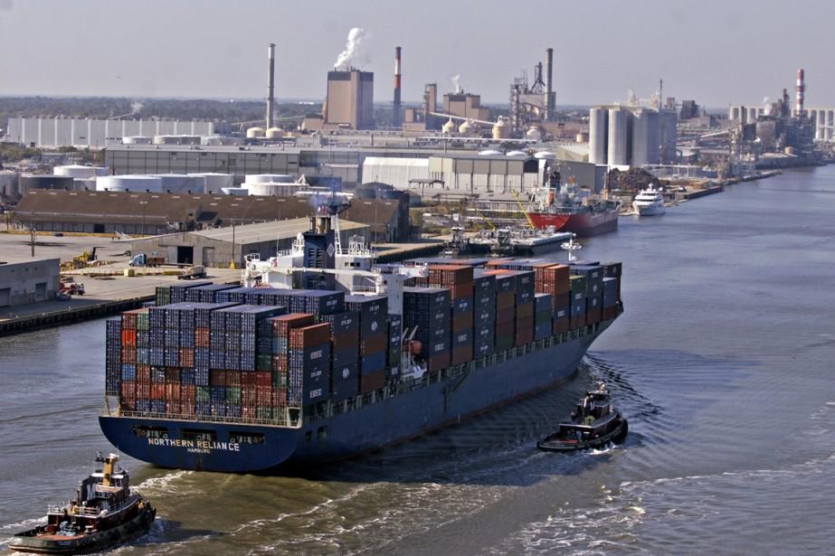 Le déficit commercial des... (PHOTO STEPHEN MORTON, ARCHIVES BLOOMBERG)