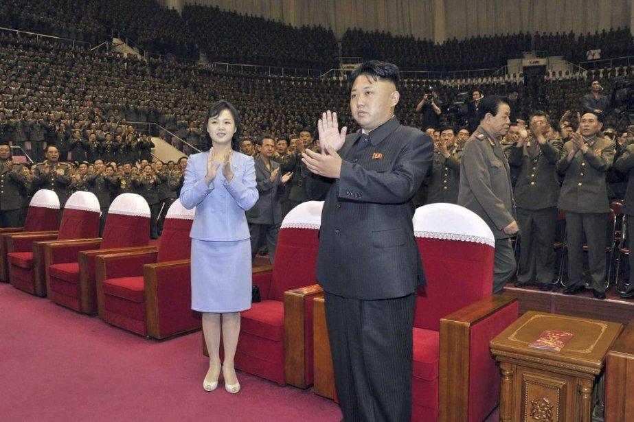 Kim Jong-Un et sa femme Ri Sol-Ju... (Photo Agence France-Presse/KNS)