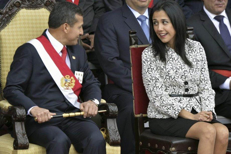 Le président Ollanta Humala et sa femme Nadine... (Photo Cris Bouroncle, Agence France-Presse)