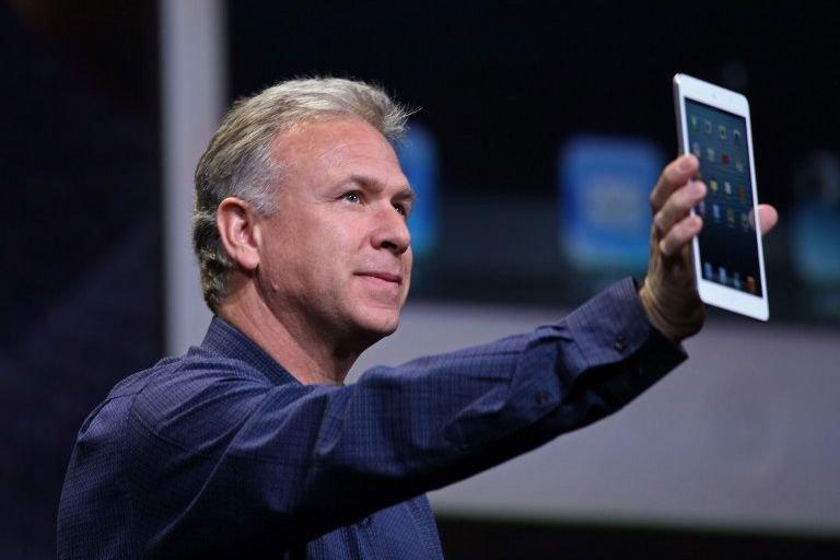 Le vice-président du marketing international d'Apple, Phil Schiller,... (Photo Kimihiro Hoshino, AFP)
