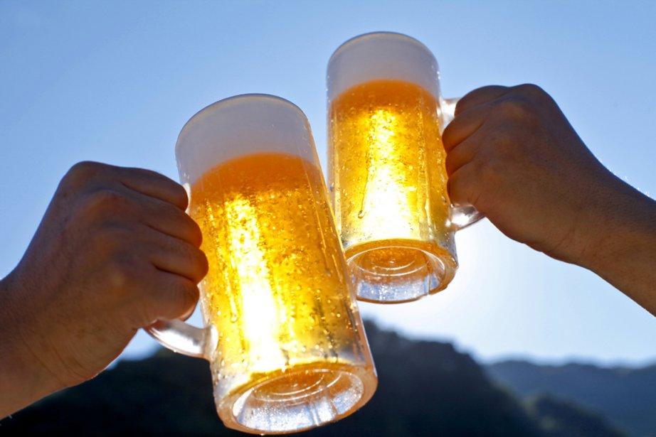 La vente de bière sans alcool est devenue un gros... (Photo shutterstock.com)