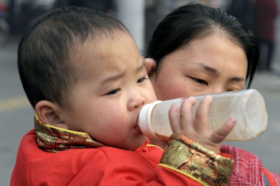 Des millions de familles chinoises ont désormais perdu... (PHOTO AFP)