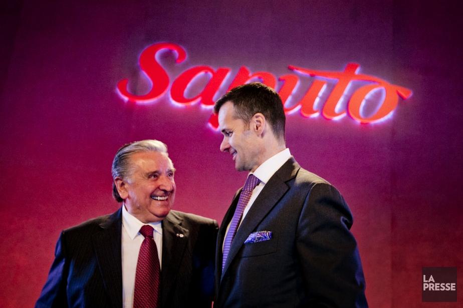 Si Lino Saputo fils (à droite) était fier... (PHOTO MARCO CAMPANOZZI, LA PRESSE)