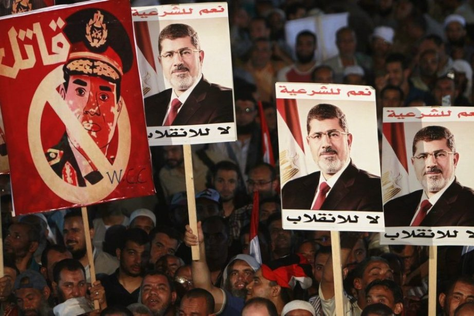 Des partisans du président déchu Mohamed Morsi manifestent... (Photo Mohamed Abd El Ghany, Reuters)