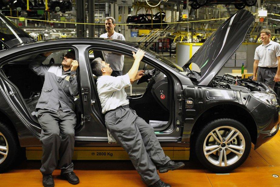 Magna a indiqué que les ventes de véhicules... (PHOTO TORSTEN SILZ,ARCHIVES DDP)
