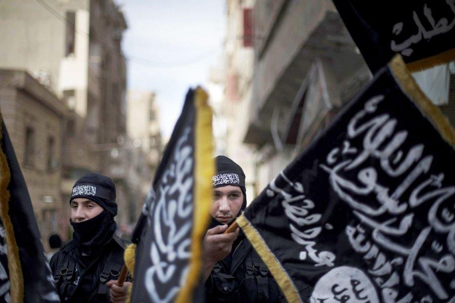 Le groupe Jabhat al Nursa a récemment prêté... (PHOTO ZAC BAILLIE, ARCHIVES AFP)