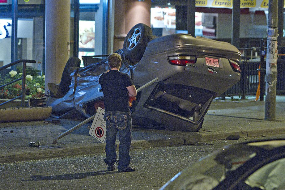 Cinq personnes ont été blessées dans deux collisions... (Photo Félix-Olivier Jacques Fournier, collaboration spéciale)