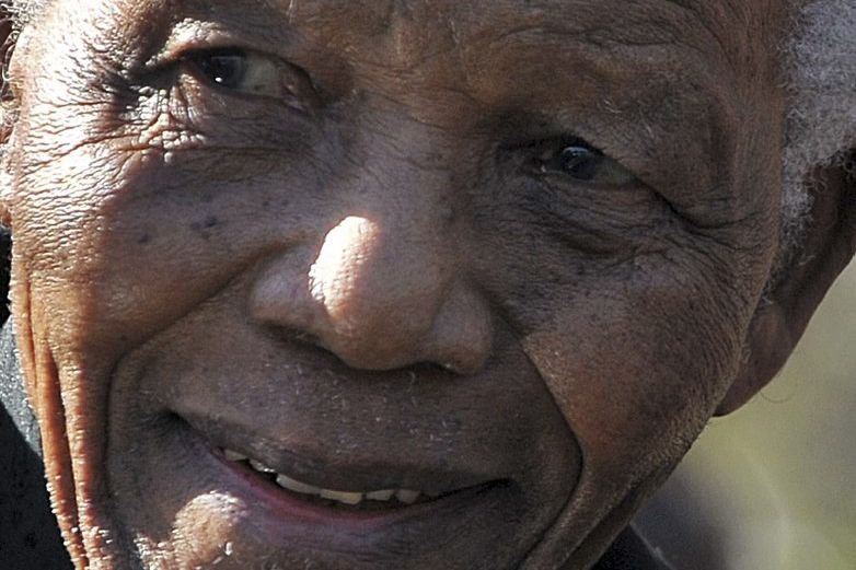Nelson Mandela, photographié en juin 2010.... (PHOTO ALEXANDER JOE, ARCHIVES AGENCE FRANCE PRESSE)