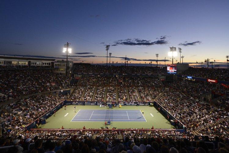 200 394 spectateurs se sont présentés au stade... (Photo: Bernard Brault, La Presse)