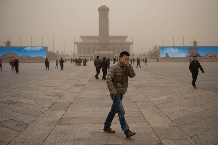 Selon le gouvernement chinois, au moins 70% des... (PHOTO ED JONES, AGENCE FRANCE-PRESSE)