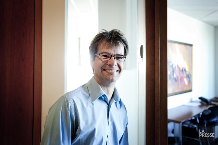 Martin Simard, associé chez Morneau Sheppell, exerce un... (PHOTO MARCO CAMPANOZZI, LA PRESSE)