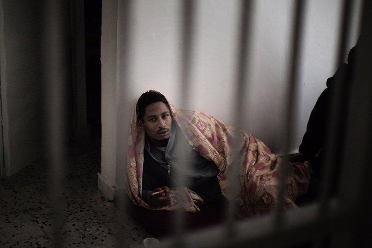 Des dizaines de prisons à travers la Libye... (Archives AFP)