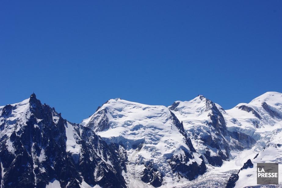 Le massif du Mont-Blanc.... (PHOTO MARIE TISON, ARCHIVES LA PRESSE)