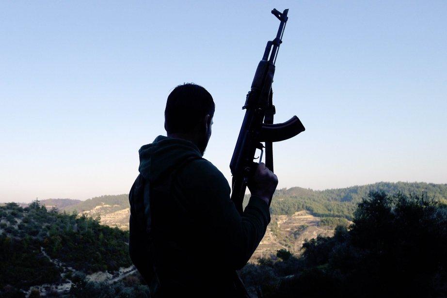 Les rebelles ont lancé une offensive dans la... (PHOTO ENN - SEZAYI ERKEN, AFP)
