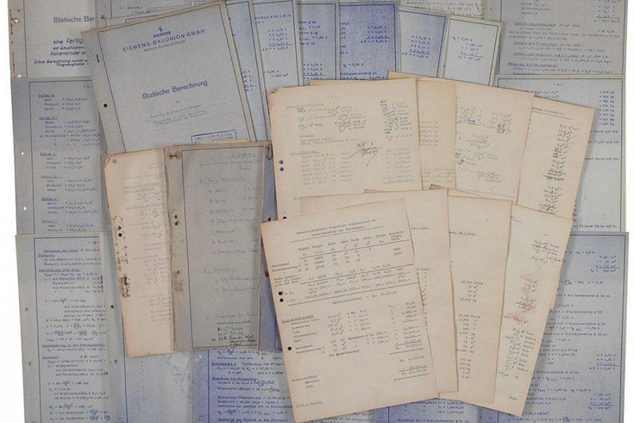 Les documents, qui datent de 1943 et arborent... (Photo Agence France-Presse)