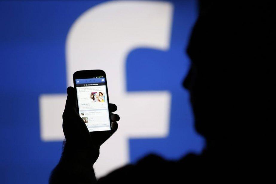 Le géant des médias sociaux serait en train de... (PHOTO DADO RUVIC, REUTERS)